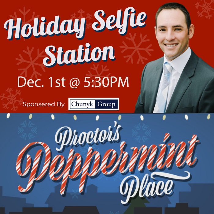 Holiday Selfie Station in Proctor : Sponsored By Paul Chunyk | Chunyk Group Real Estate
