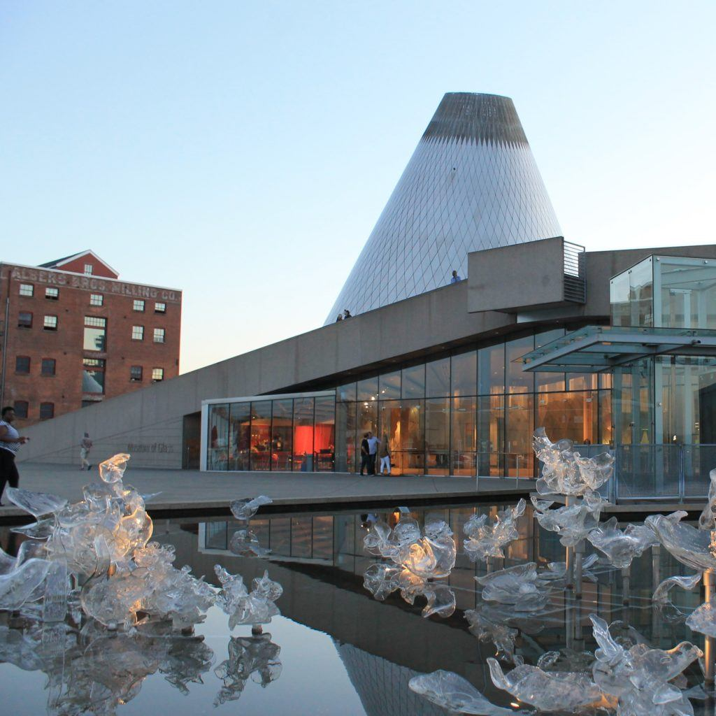 Tacoma Museum of Glass Holiday events
