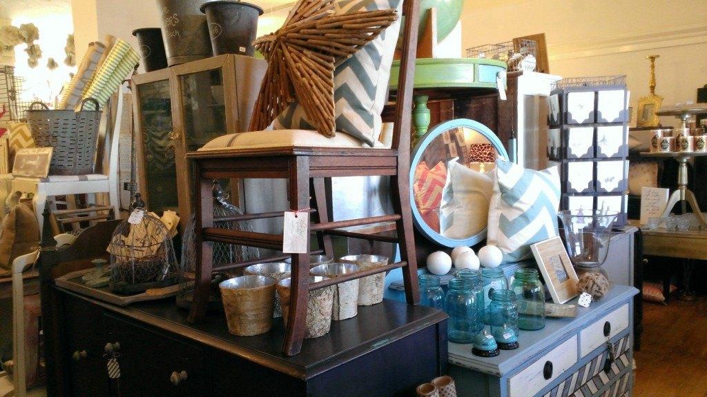 Tacoma Home Decor: The Modern Cottage Company